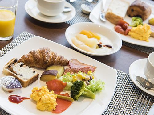 【タイムセール!】期間限定!朝食ブッフェ無料プレゼント!