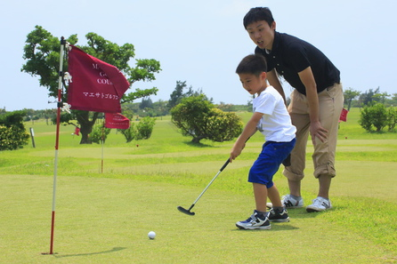 家族でゴルフ三昧★滞在中スナッグゴルフ・パターゴルフが使い放題!