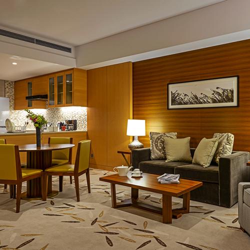 【連泊】~3連泊以上~ジム&プール・浴場&サウナ無料 59平米以上キッチン・リビングと寝室が分かれたレジデンスルーム